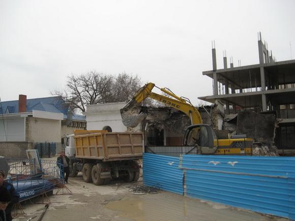 Схема размещения бурового оборудования на буровой площадке 5 цикл строительства скважины.