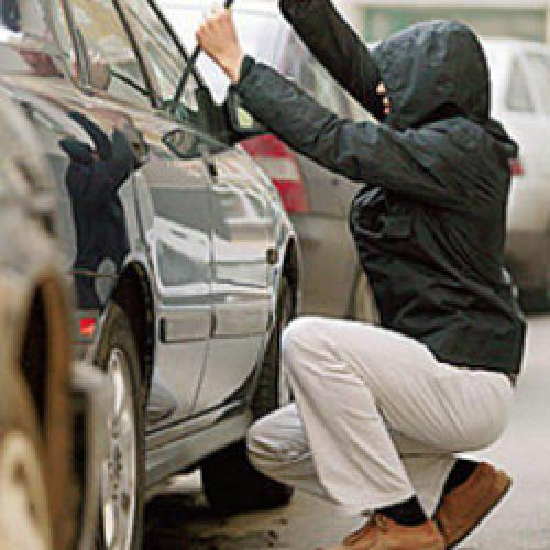 http://meridian.in.ua/images/uploads/Statyi_07/Car_Theft1.jpg