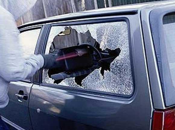 В Черкесске участились случаи обворовывания автомобилей